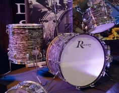 nice rogers drumkit, love the finish!