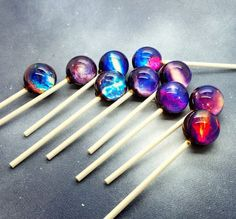 Galaxy lollipops - great holiday gift for adventurous eaters!