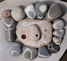 stones with holes and circles by Jos van Wunnik, via Flickr