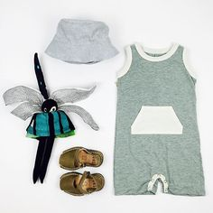 #ootd featuring the tank romper and #avarcas leather sandals (both are on sale now). #classicsummerhat #fidoodle