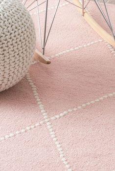 Tuscanvs176 Hand Tufted Wool Dotted Diamond Trellis Rug