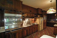 Graceland: The kitchen