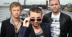 Καλοκαίρι με τους Muse στην Ελλάδα - Κείμενο: Μελέτης Τσαχουρίδης Music Like, My Music, Muse Lyrics, Matthew Bellamy, Mens Sunglasses, My Love, 30, Florence, Mars
