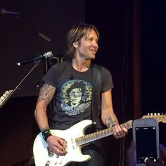 Keith Urban and The Cadillac Three - Borgata Hotel Casino & Spa - Atlantic City, NJ on 7/17/2014 - 103 photos, pictures and videos on CrowdAlbum