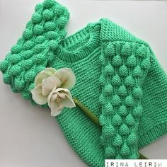 Knitted Baby Cardigan, Crochet Coat, Knitted Hats, Girls Sweaters, Baby Sweaters, Knitting For Kids, Baby Knitting, Knit Fashion, Knitting Designs