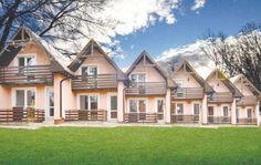 Velky Slavkov  In Velky Slavkov aan de voet van de wondermooie Hoge Tatra liggen deze twee appartementen op de begane grond. Het is een goede uitvalsbasis om het rijke sportaanbod van de omgeving te verkennen. Bushalte naar de Hoge Tatra en Poprad ligt op ongeveer 150 m van het huis. Kinderbed op aanvraag.  EUR 160.00  Meer informatie  #vakantie http://vakantienaar.eu - http://facebook.com/vakantienaar.eu - https://start.me/p/VRobeo/vakantie-pagina