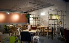 Industrial botanic design coffee place in romania