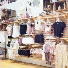 Knowing What Is Fashion Merchandising All About - Personal Fashion Hub Boutique Decor, Fashion Boutique, Trendy Outfits, Cute Outfits, Fashion Outfits, Tumblr Shopping, Clothing Displays, Fashion Merchandising, What Is Fashion