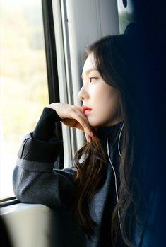 Irene (Bae Joo Hyun) from Red Velvet girlgroup, South Korea Red Velvet アイリーン, Red Velvet Irene, Kpop Girl Groups, Korean Girl Groups, Kpop Girls, Seulgi, Red Velet, K Idol, Ulzzang Girl