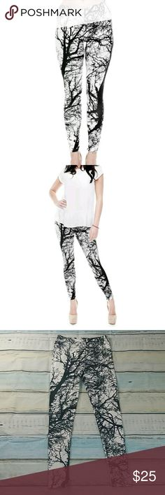 """Tree leggings size small black & white 29"""" Forest tree leggings size small black & white  Waist 26"""" 27"""" 28"""" 29"""" 30"""" Hips 30"""" 31"""" 32"""" 33"""" 34"""" Inseam 27"""" Rise 8""""  These fit like lularoe leggings and they feel soft like them too! Brand new never worn unknown Pants Leggings"""