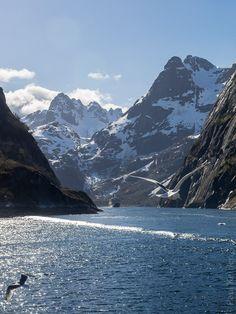 #Norvege - #Hurtigruten - MS Kong Harald - du 17 au 28 mai 2014 | 9ème jour : #Lofoten #Trollfjord | © Paul Kerrien 2014 Toilapol.net
