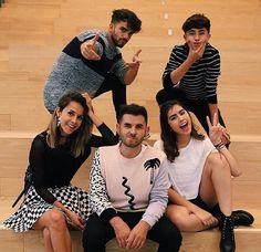 Dosogas!! Besties, Bff, Nicole Garcia, Cute Boys, Ariana Grande, A Team, Youtubers, Famous People, Squad