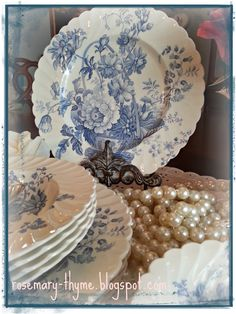pretty blue and white china and pearls