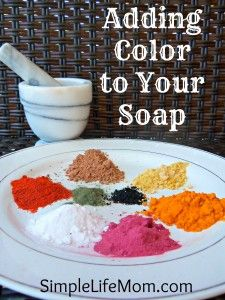Adding Color to homemade Soap - natural, healthy, and non-toxic alternatives for adding color to your beautiful soap creations. I have made this soap and it is wonderful in the kitchen as it removes smells like onion etc. Homemade Soap Recipes, Homemade Gifts, Homemade Paint, Soap Making Recipes, Diy Savon, Lotion Bars, Homemade Beauty Products, Cold Process Soap, Soap Molds