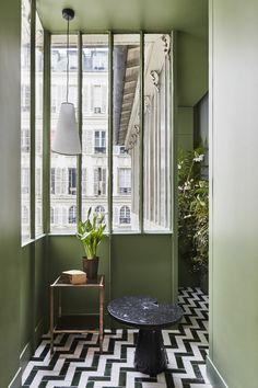 green wall botanicals monotone tiles awesome- Paris apartment designed by Ashley : Birgitta Wolfgang/sister agency # # # # # # # # # Paris Apartment Interiors, Paris Apartments, Apartment Design, Rustic Renovations, Casa Milano, Paris Home Decor, Decoracion Vintage Chic, Vintage Bathrooms, Elle Decor