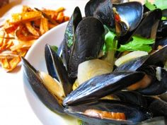 Mussels with Mirin | Andrea Beaman 2 lbs. mussels 1 tbsp. olive oil ...
