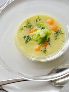 【ELLE a table】メロンときゅうりの冷製スープレシピ|エル・オンライン