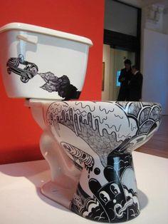 toilet art from spray can Graffiti Art, Cool Toilets, Toilet Art, Goth Home Decor, Toilet Design, Bathroom Humor, Classic Interior, Cool Bars, Home Decor Furniture