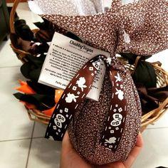 Sr coelinho da páscoa - vegana - está enchendo as cestas para a última semana de entregas! Esse é o último de cookies n coconut que será entregue  Devido a grande procura uma excessão para novos pedidos dos ovos de: jack daniel's whey star wars e frutas vermelhas  Para entrega SOMENTE no dia 26/03 (retirando pessoalmente ou com entrega através de motoboy). Pedidos por email: contato@chubbyvegan.net   ______________________________________________  More and more easter eggs!  #vegan #organic…