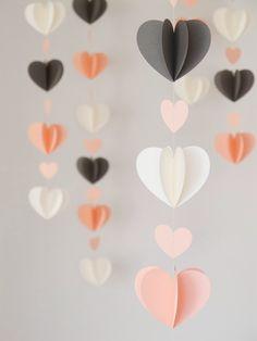 Super schattige papieren hartjes slingers. Leuk voor een feestje maar ook als gewone decoratie.