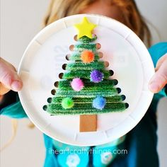 Repurpose a plastic lid Christmas Tree http://www.grcltd.org/scrapstore/