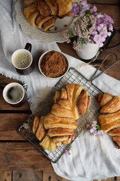 Zimtschnecken - Franzbroetchen - Hamburg Cinnamon Pastry Rolls (12)