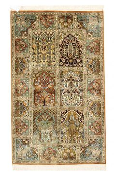 Persische Gartenmotive wie auf einem Moud Teppich, dieser Kaschmir vereint diese schönen Knüpfungen mit hochwertiger Seide