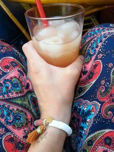 Çilekli limonata ve yazin renkleri