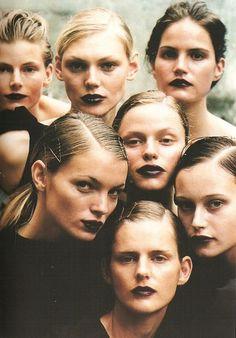 Dark 90s makeup