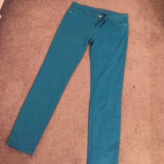 Kate Spade Blue Dyed Jeans Kate Spade brand. Size 30. Skinny style. True blue color. Great gold metal spade detail on back pocket. New without tags. Never worn. kate spade Jeans
