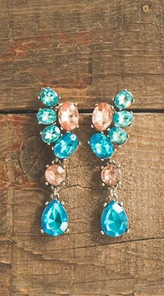 Shimmering Ocean Waves Earrings 14,90 € #happinessbtq