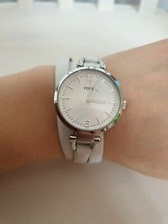 Fossil Women's 'Georgia' White Leather Strap Watch with box and new battery | eBay Friendship Bracelets With Beads, Fossil Watches, White Leather, Georgia, Box, Accessories, Snare Drum, Jewelry Accessories