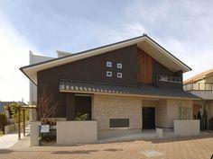Japan Modern House, Japanese Interior Design, Concrete Houses, Dream Apartment, Japanese House, House Painting, Architecture Design, Home Hacks, House Plans