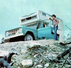 1966 Ford Bronco with Dreamer camper