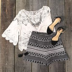 What to wear on a date? You are sure to turn heads in this style! That's everything but basic. Wait what,find more at Cupshe.com !