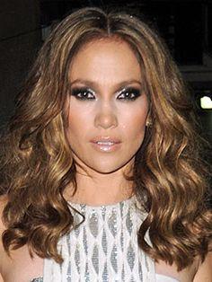 Jennifer Lopez's eye makeup looks flawless