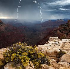 Thunderstorms cross the Eastern Grand Canyon.