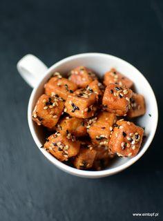 eintopf: chipsy koreańskie z tofu z dodatkiem pasty gochujang