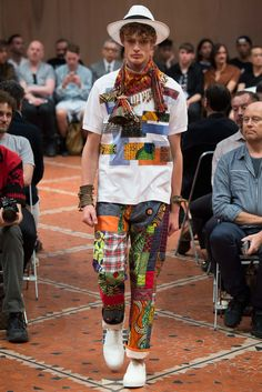 Junya Watanabe Spring 2016 Menswear Collection Photos - Vogue Applique that started from italian futurist