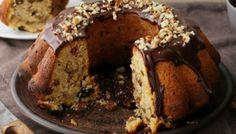 Νηστίσιμο κέικ με ταχίνι, πορτοκάλι και γλάσο σοκολάτας