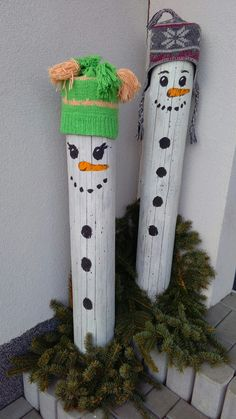 Sněhulák - dekorace venkovní Tree Slices, Crafts To Make, Advent, Christmas Stockings, Holiday Decor, Projects, How To Make, Handmade, Home Decor