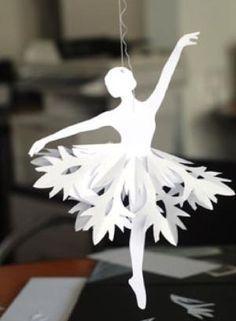 """Papel de la bailarina copos de nieve Tutorial {bonito para un adorno} """"Estos copos de nieve de la bailarina de bricolaje son mucho más fáciles de lo que parecen. Por bridgette.jons"""