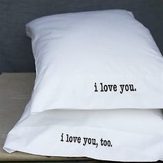 homeandinteriors:    DIY Pillow cases