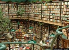 Amazing Bookstores - At once bar, cafe and bookstore, the Cafebreria El Pendulo offers a well air conditioned abode for reading and lounging. Living plants decorate the interior.