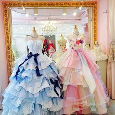 No photo description available. Lovely Dresses, Beautiful Gowns, Elegant Dresses, Ball Dresses, Bridal Dresses, Ball Gowns, Ballroom Wedding Dresses, Mode Lolita, Fantasy Gowns
