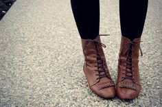 I need to find a pair of these... vintage boots #vintage #boots