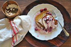 Whole Grain + Poppy French Toast with Stewed Sour Cherries from 2 of my fav gals Healthy Christmas Recipes, Healthy Recipes, Cherry Recipes, Sour Cherry, Piece Of Bread, Recipe Of The Day, Breakfast Recipes, Eat Breakfast, My Favorite Food