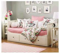 I would like my IKEA day bed to look like this (instead of the mess that it is).