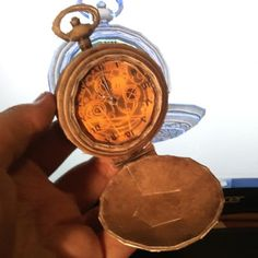 Tektonten Papercraft: Doctor Who  This papercraft Doctor Who pocket watch is based on a 3D model from the BBC sponsored PC game, Doctor Who: The Adventure Games. The good doctor can be seen from time to time using a similar watch in the television series