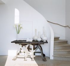 Foyer by Vicente Wolf in Elle Decor